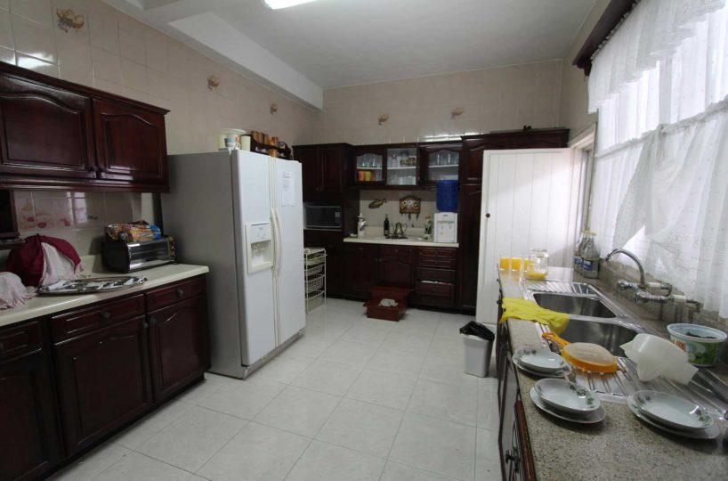 Old Style Manta Home Kitchen