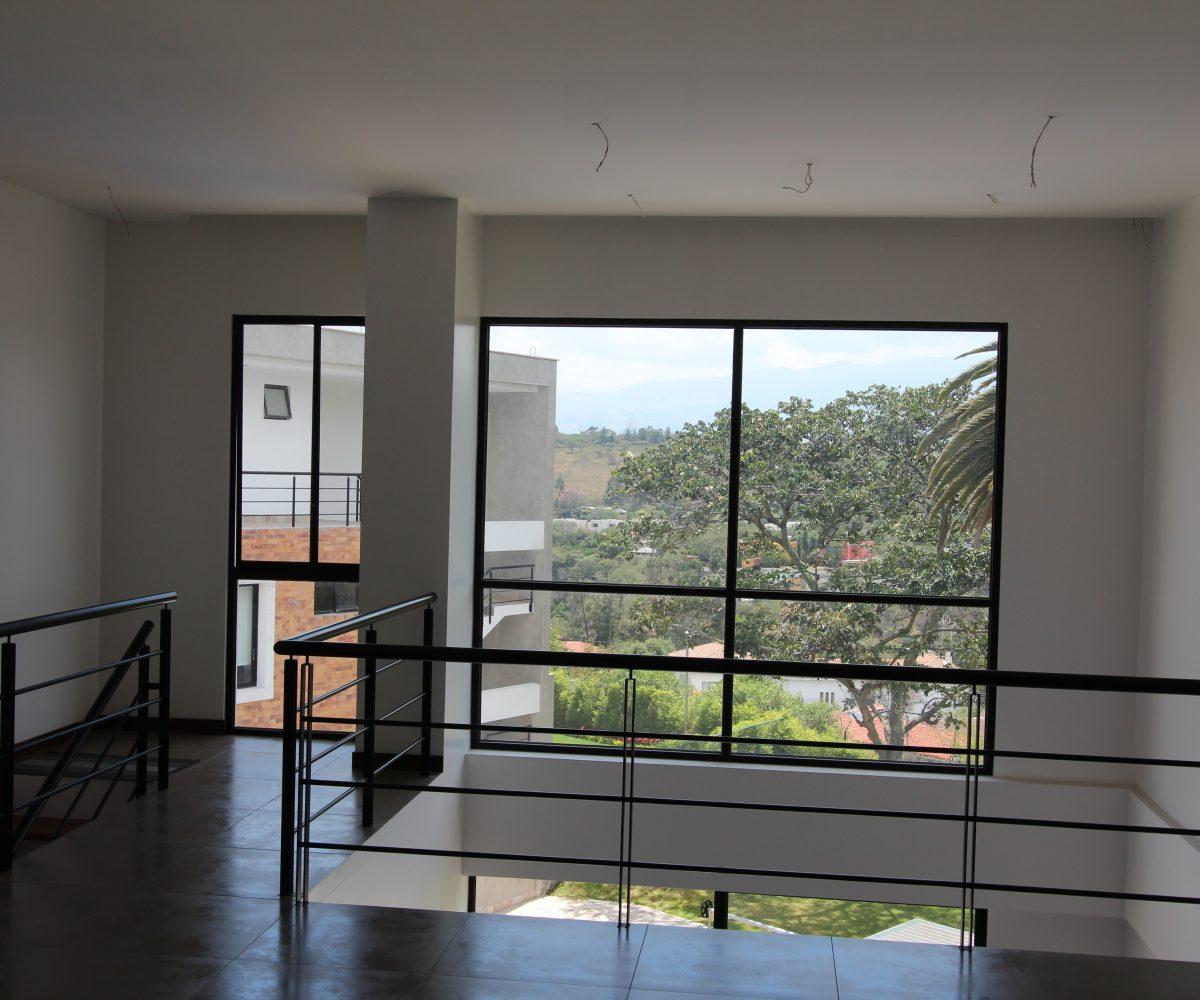 Sta Barbara Cumbaya House 9