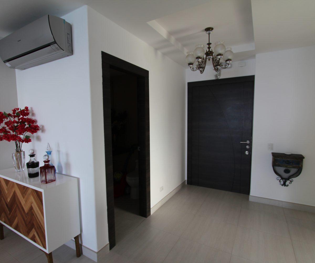 Three Bedroom Condo Hall