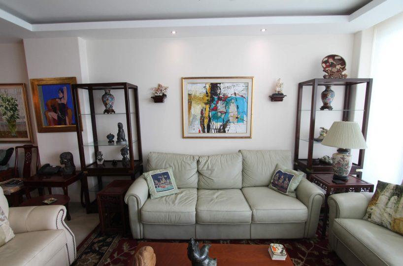 Las Olas Apartment Living