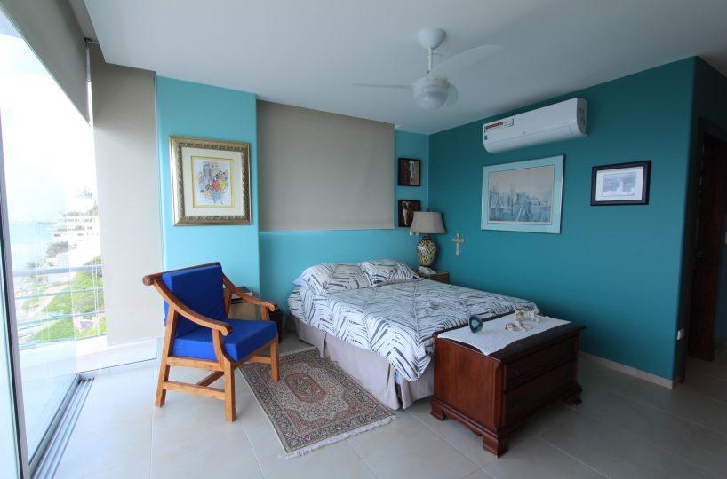 Las Olas Apartment room