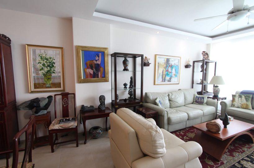 Las Olas Apartment Living 4