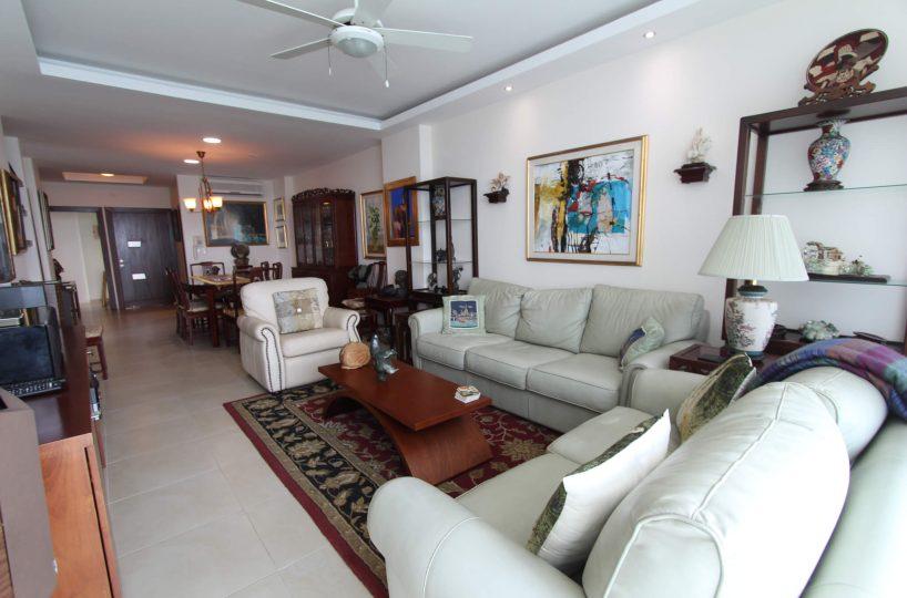 Las Olas Apartment Living 3
