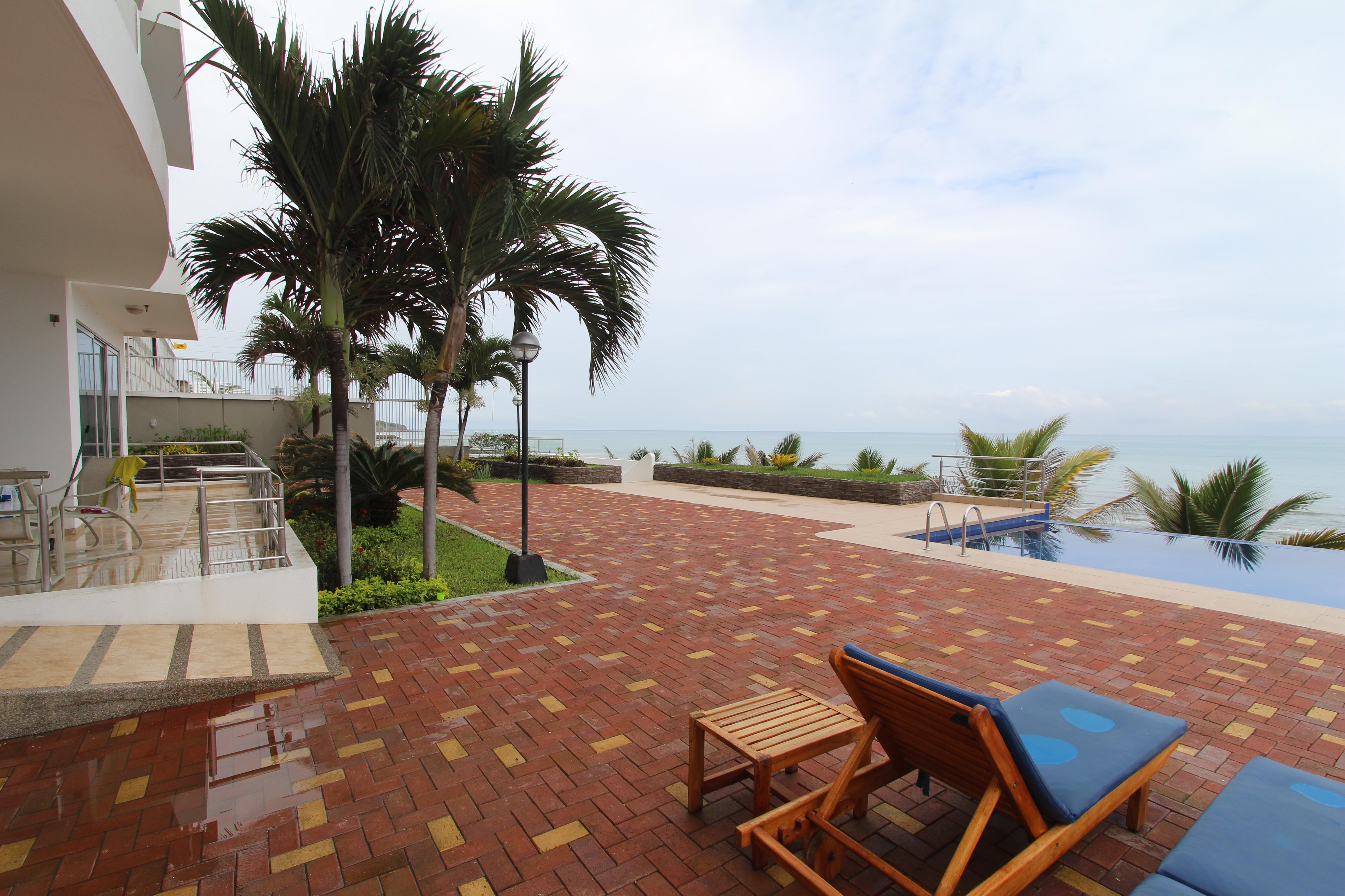 Nice 1 Bedroom Beachfront With Excellent View In Manta Ecuador  # Muebles Cumbaya Ecuador