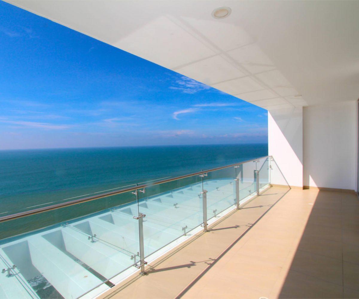 Buzios Beachfront Penthouse 11
