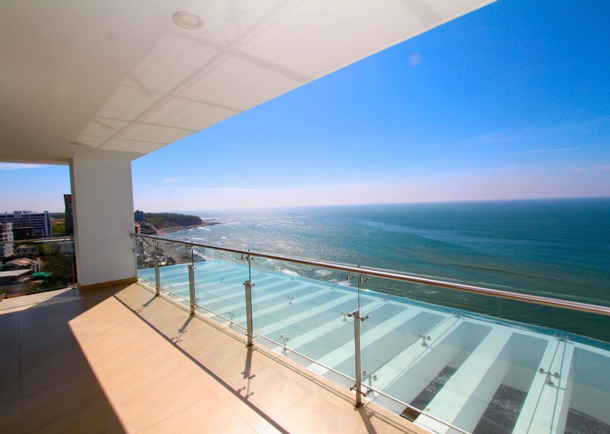 Buzios Beachfront Penthouse 14