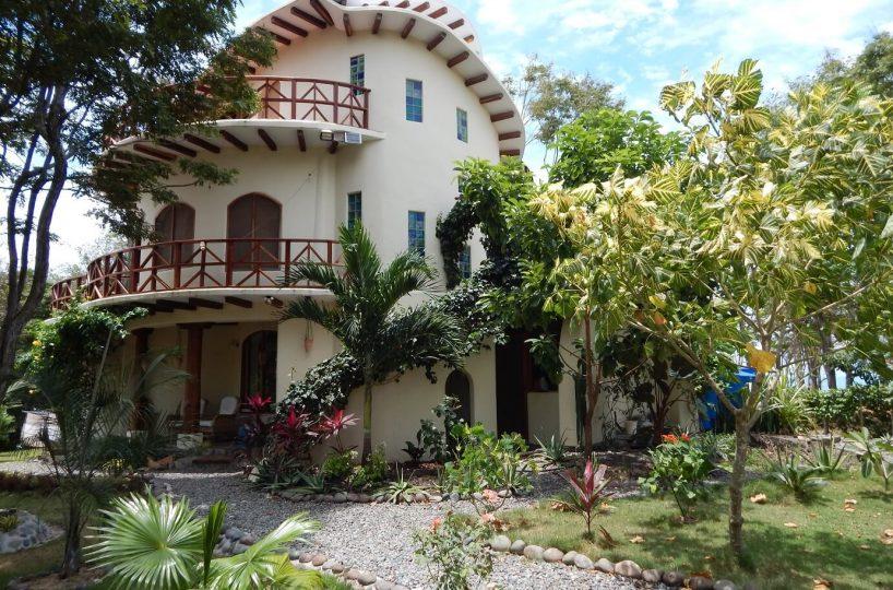 Esmeraldas Beach House 1