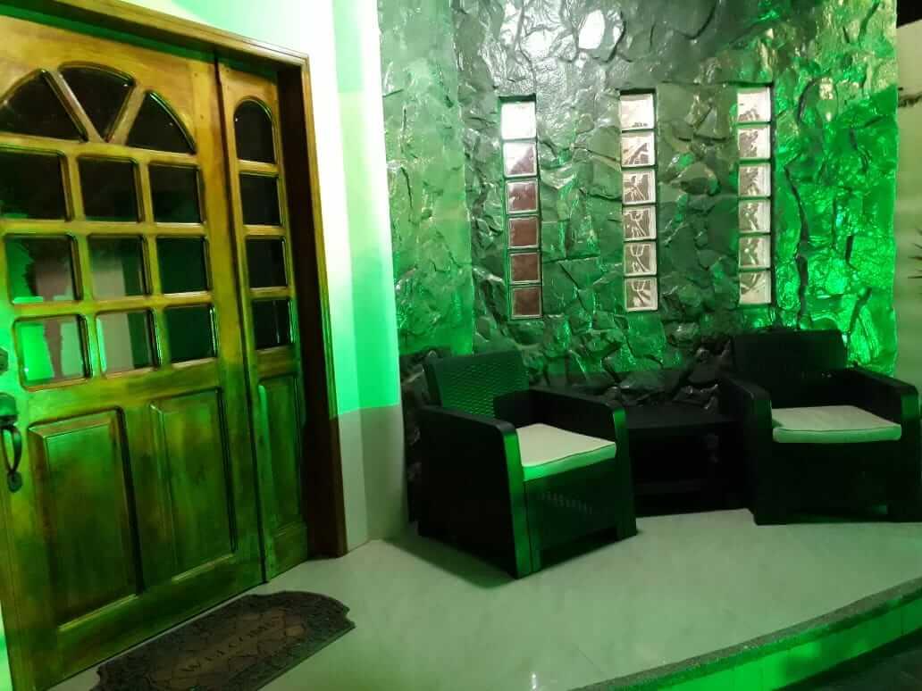 Manta Hotel Front Door